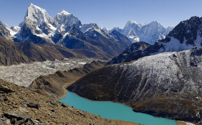 15 days Gokyo Valley Trekking